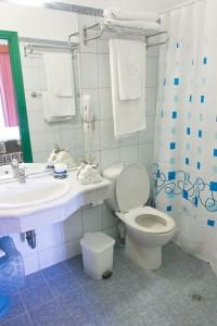 apartment-bath-annapolis-207