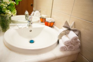 double-room-bath-2-annapolis-218