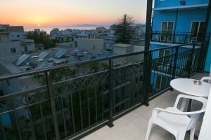 room-balcony-annapolis-293